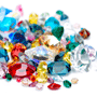 Choose one gemstone among lot scattered stones